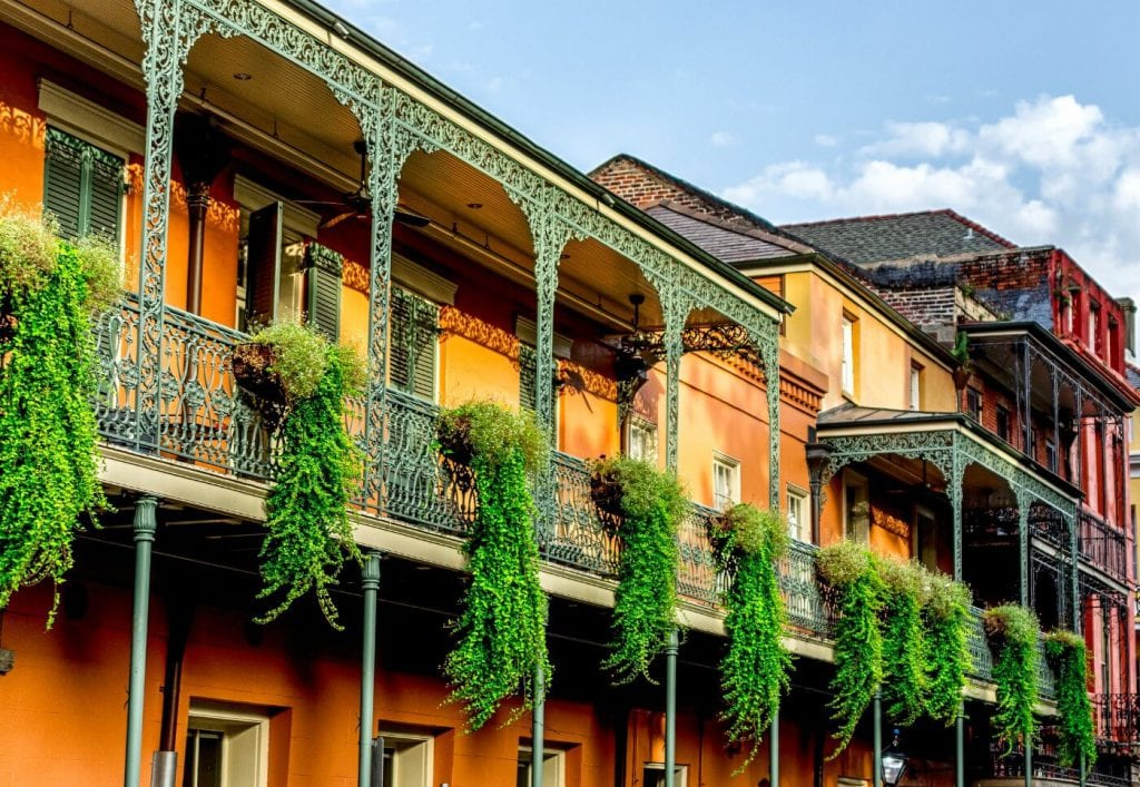 Street view of historic buildings in the French quarter in New Orleans